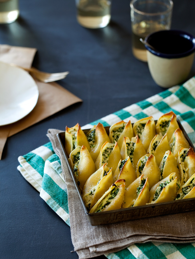 A recipe for Simple Spinach and Ricotta Stuffed Shells