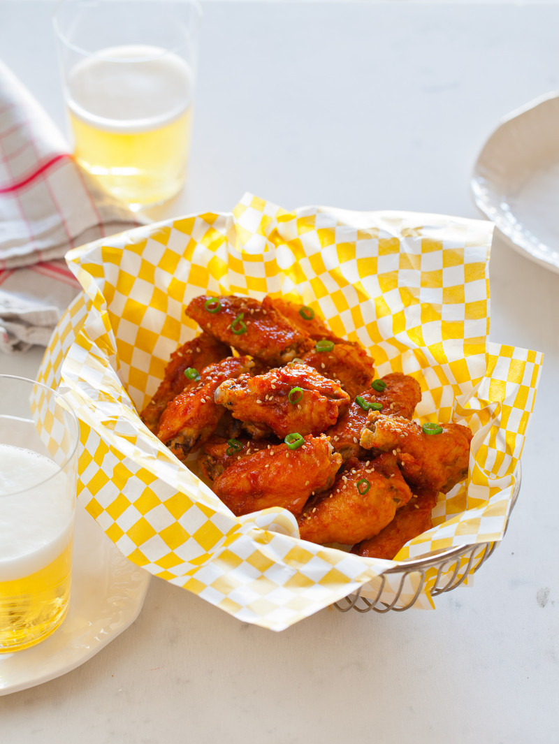 A great recipe for Korean Fried Chicken.