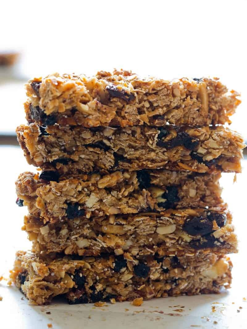 A recipe for Homemade Granola Bars with cherries, blueberries, and coconut.