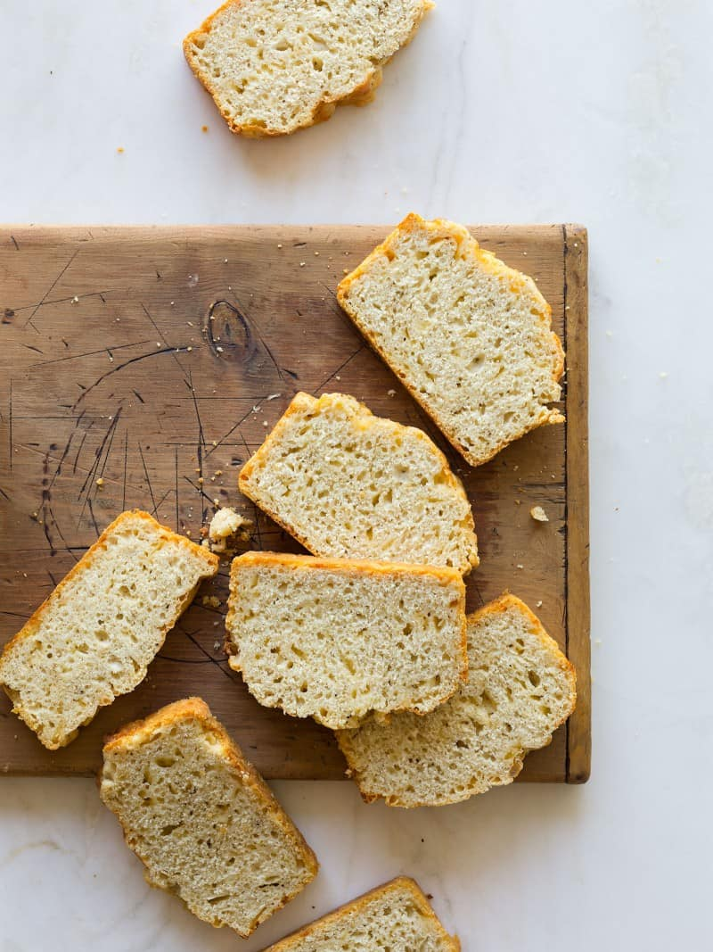 A quick and easy Black Pepper and Parmesan Beer Bread recipe.