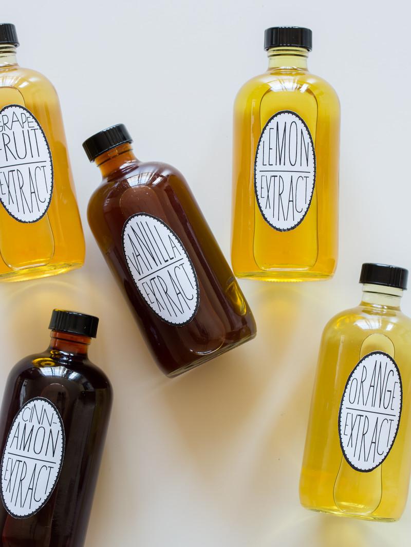 Recipes for lemon, vanilla, orange, cinnamon, and grapefruit extracts.