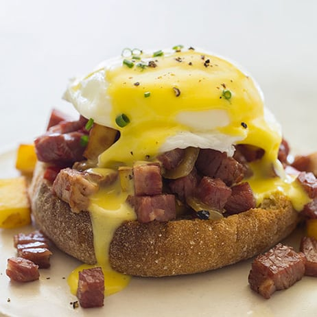 corned-beef-hash-eggs-benedict-index