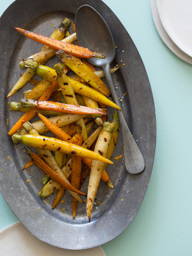 A great side dish recipe for Balsamic Grilled Baby Carrots.