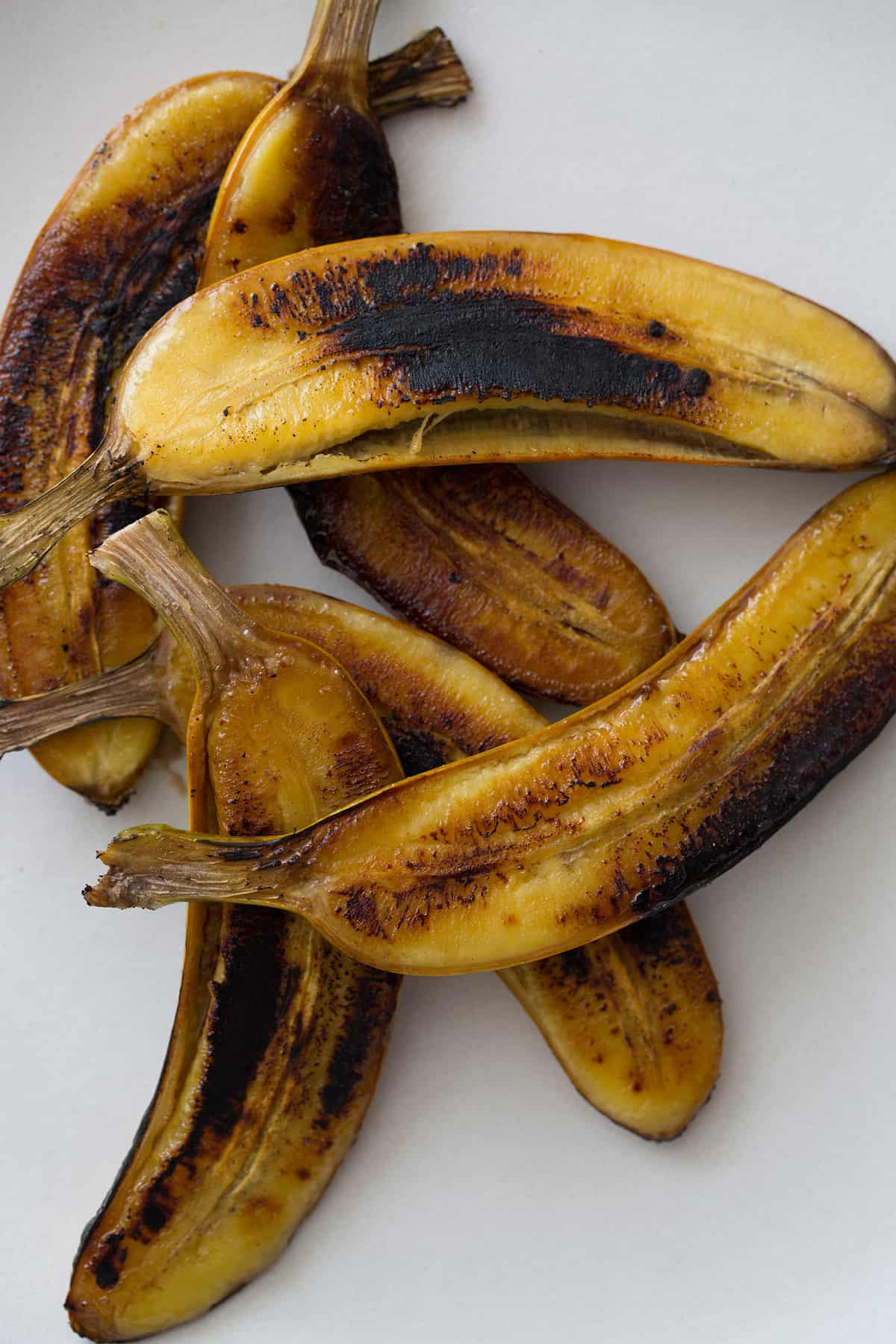 Grilled Baby Banana Splits Dessert Recipe