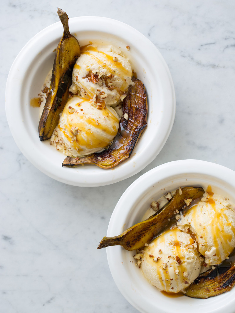 Grilled Baby Banana Splits