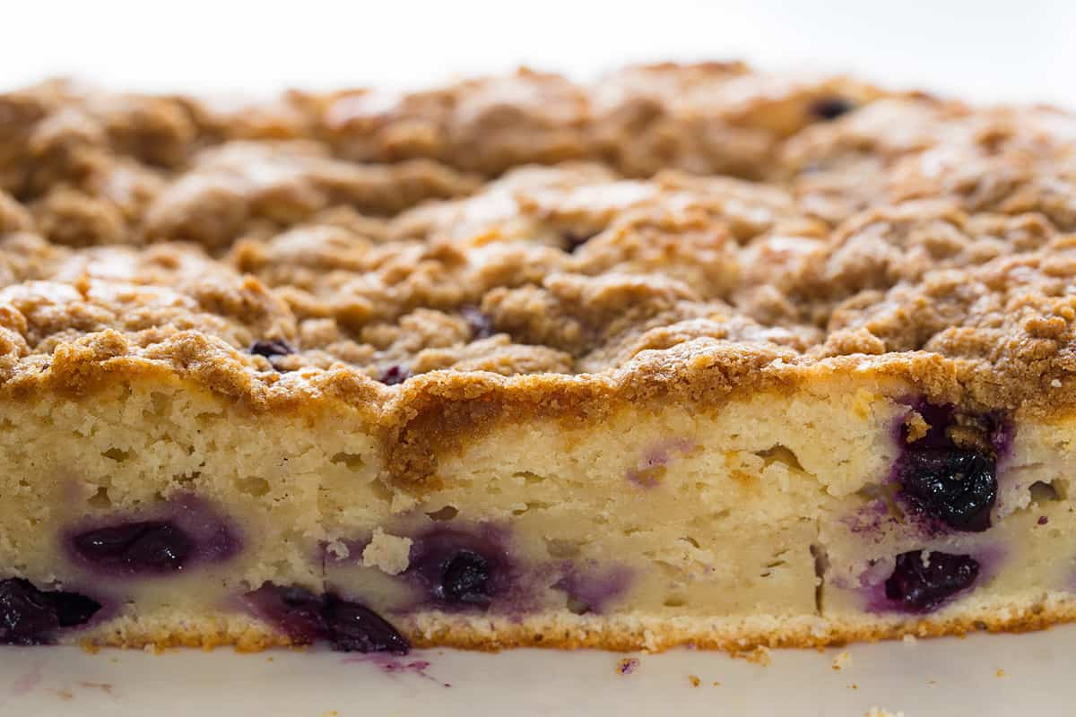 Blueberry Cardamom Crumb Cake recipe | Spoon Fork Bacon