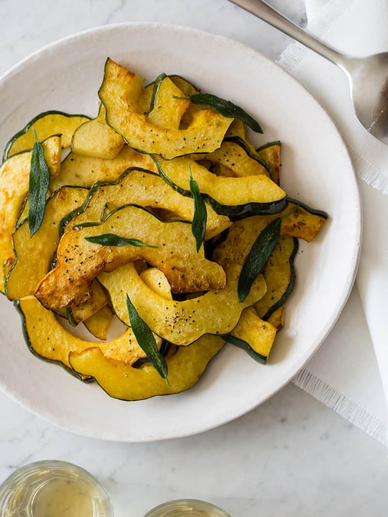 A plate of roasted acorn squash.