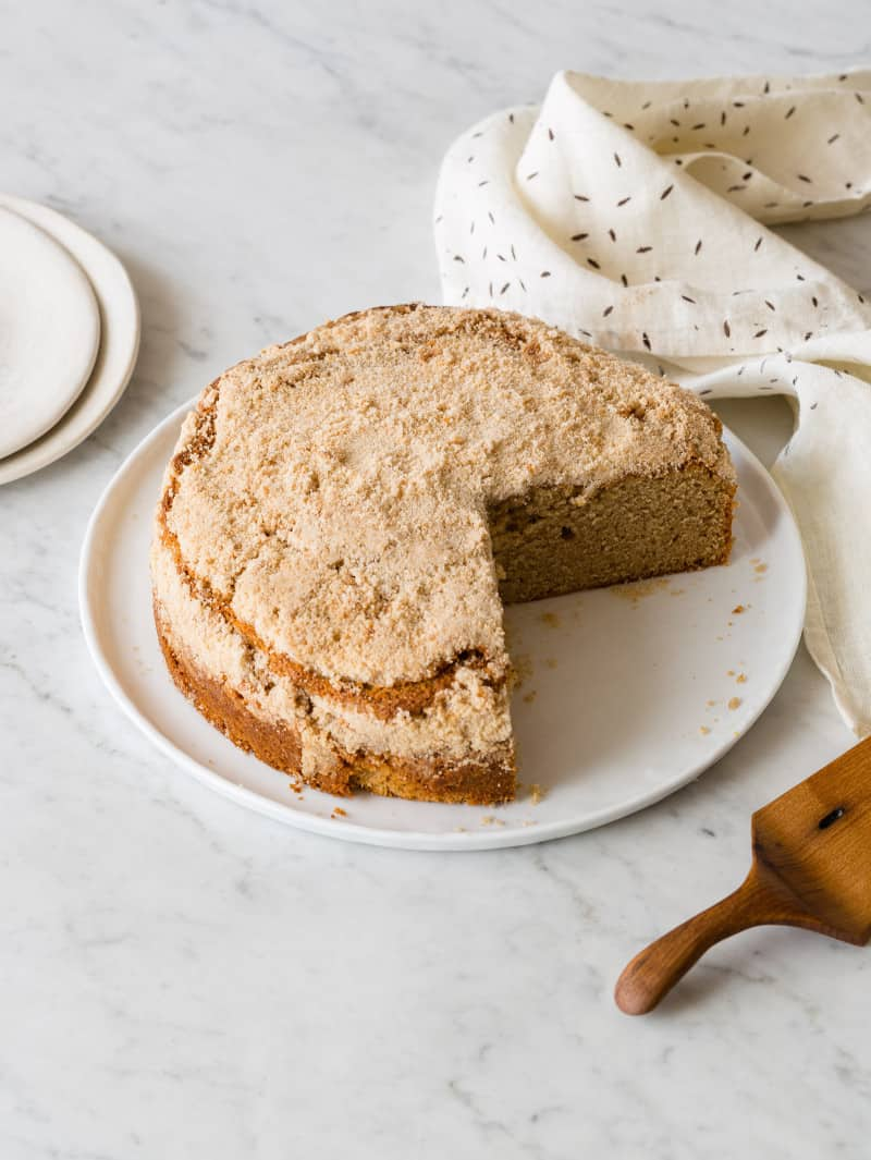 Sour_Cream_Cinnamon_Crumb_Cake-800x1065