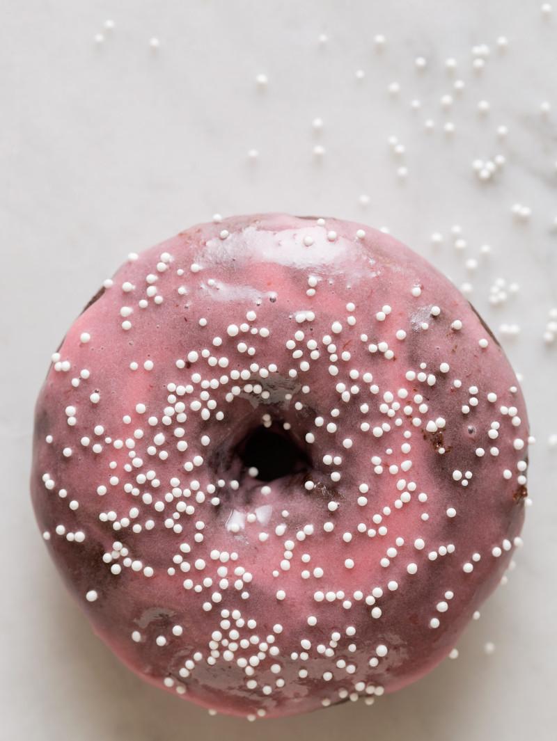 chocolate_cardamom_baked_doughnuts