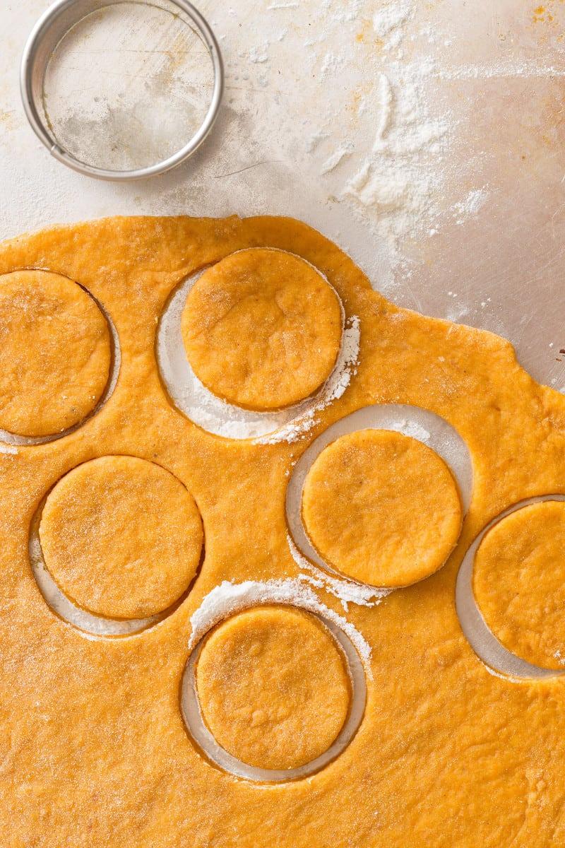 pumpkin_doughnut_dough