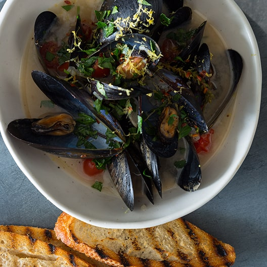Steamed_mussels_white_wine_recipe_index