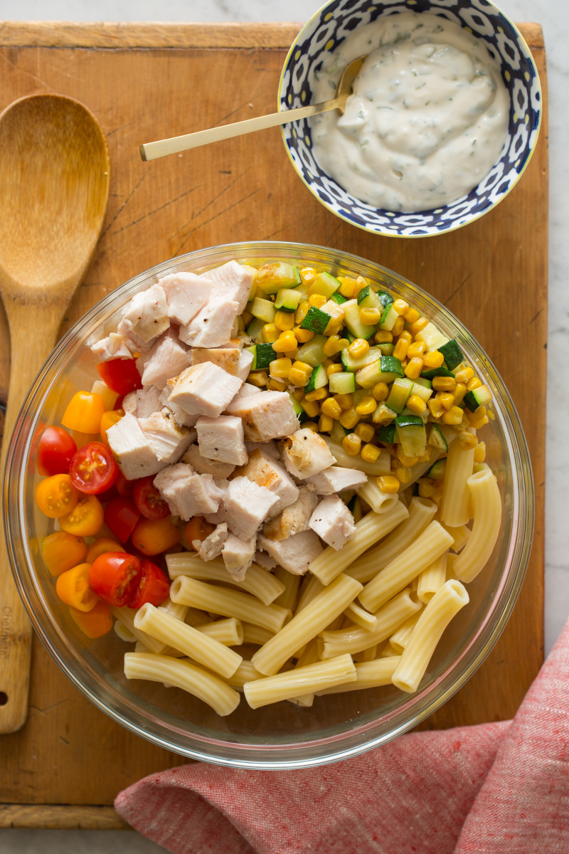Grilled_Chicken_Vegetable_Pasta_Salad_process