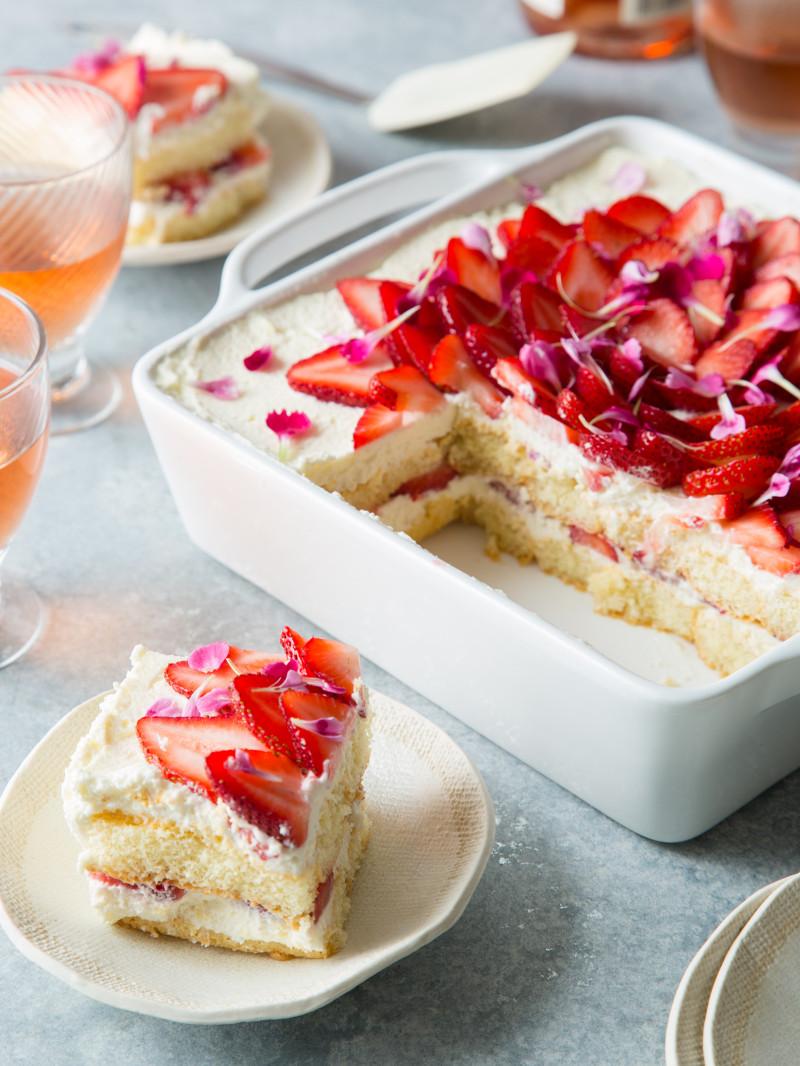 strawberry_tiramisu_dessert