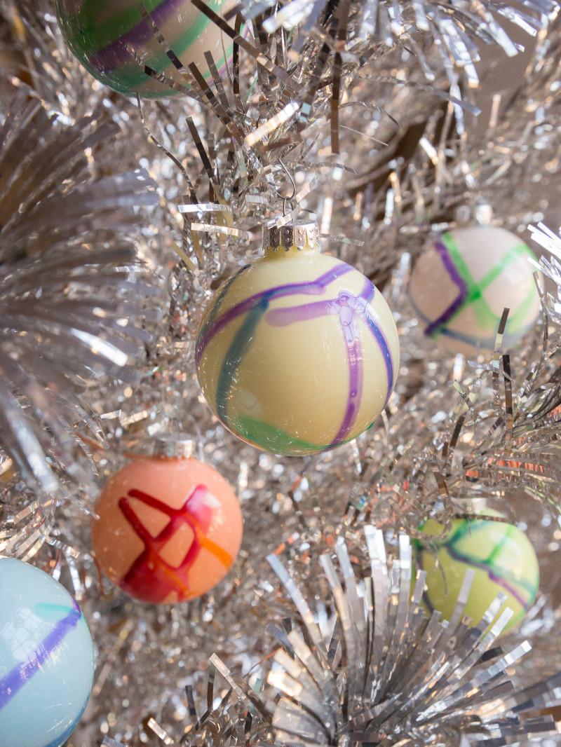 DIY_watercolor_ornaments