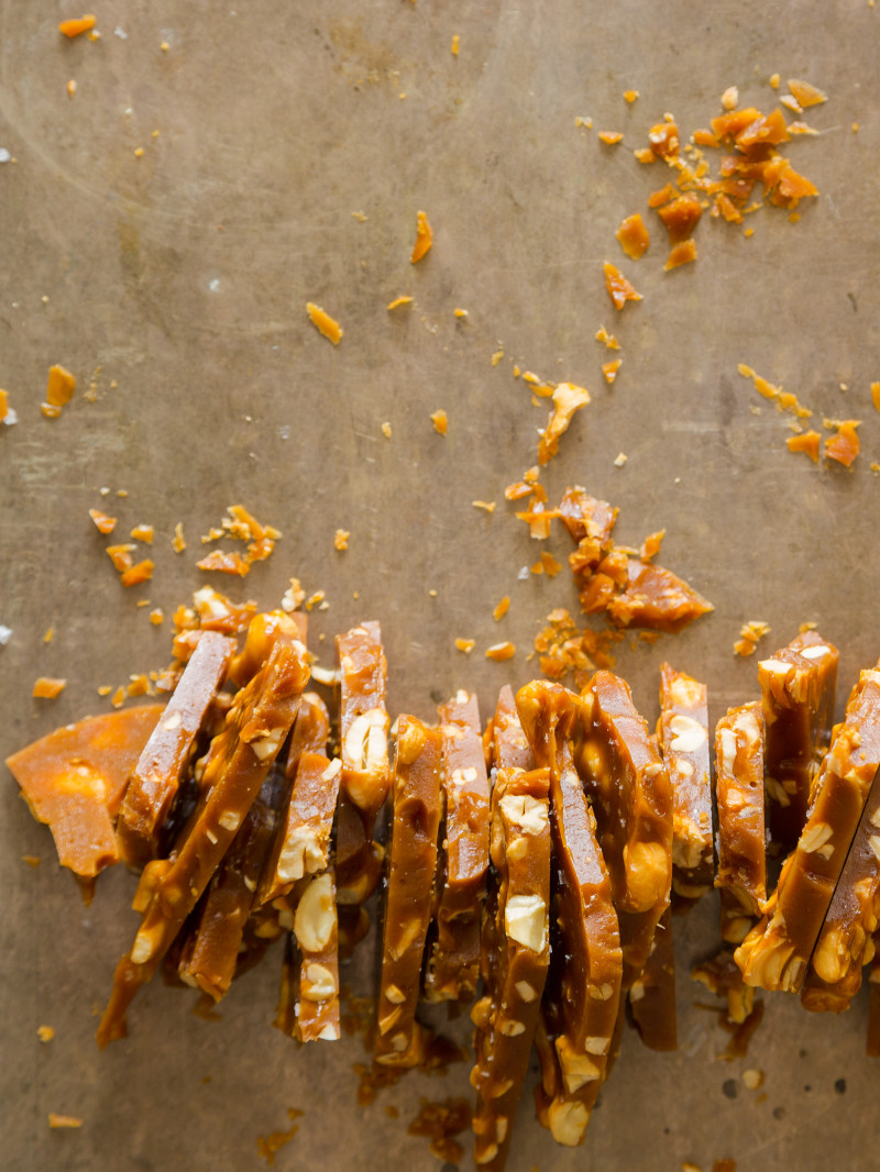 salted_cashew_brittle_recipe