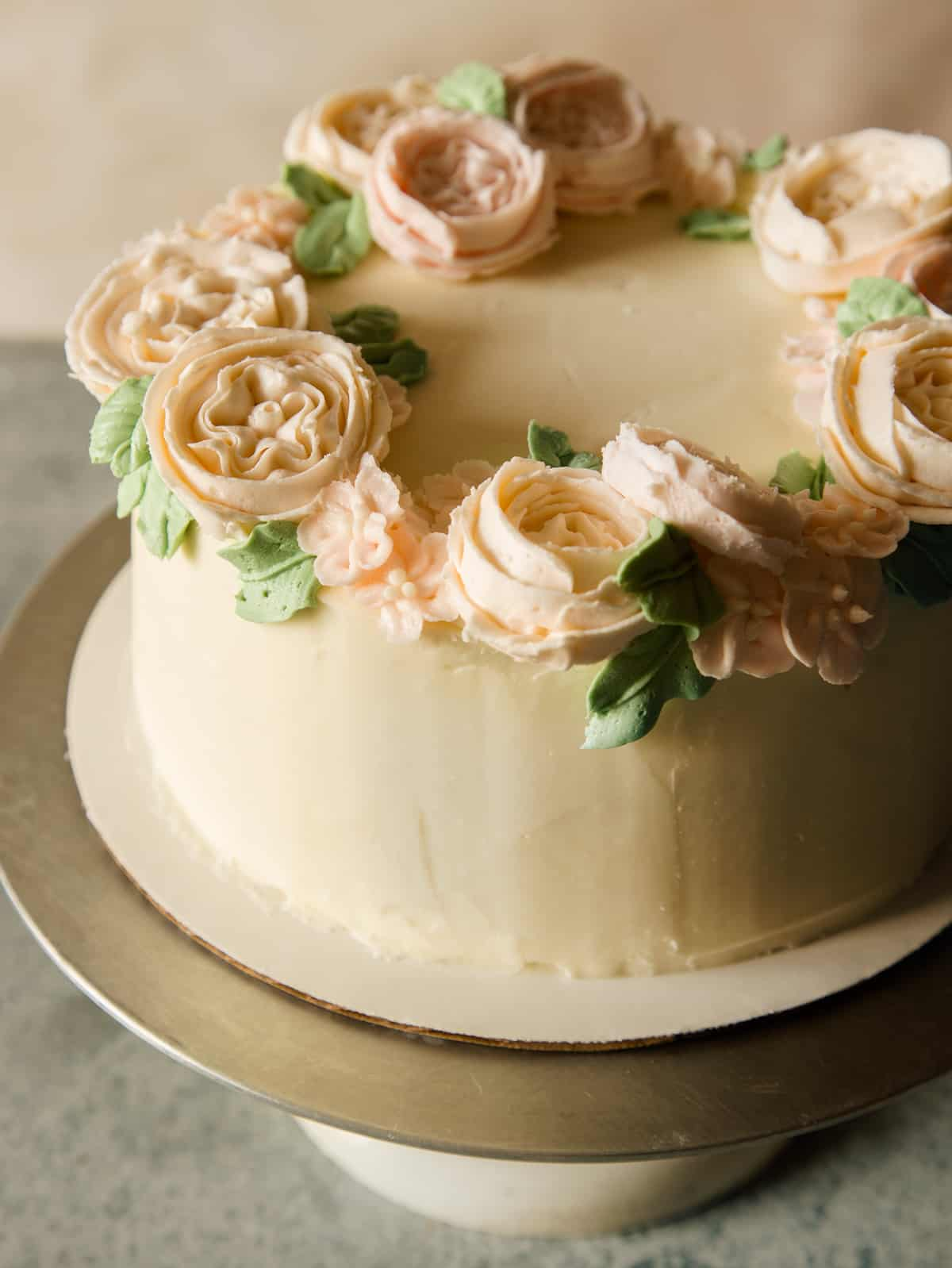 Floral_wreath_cake