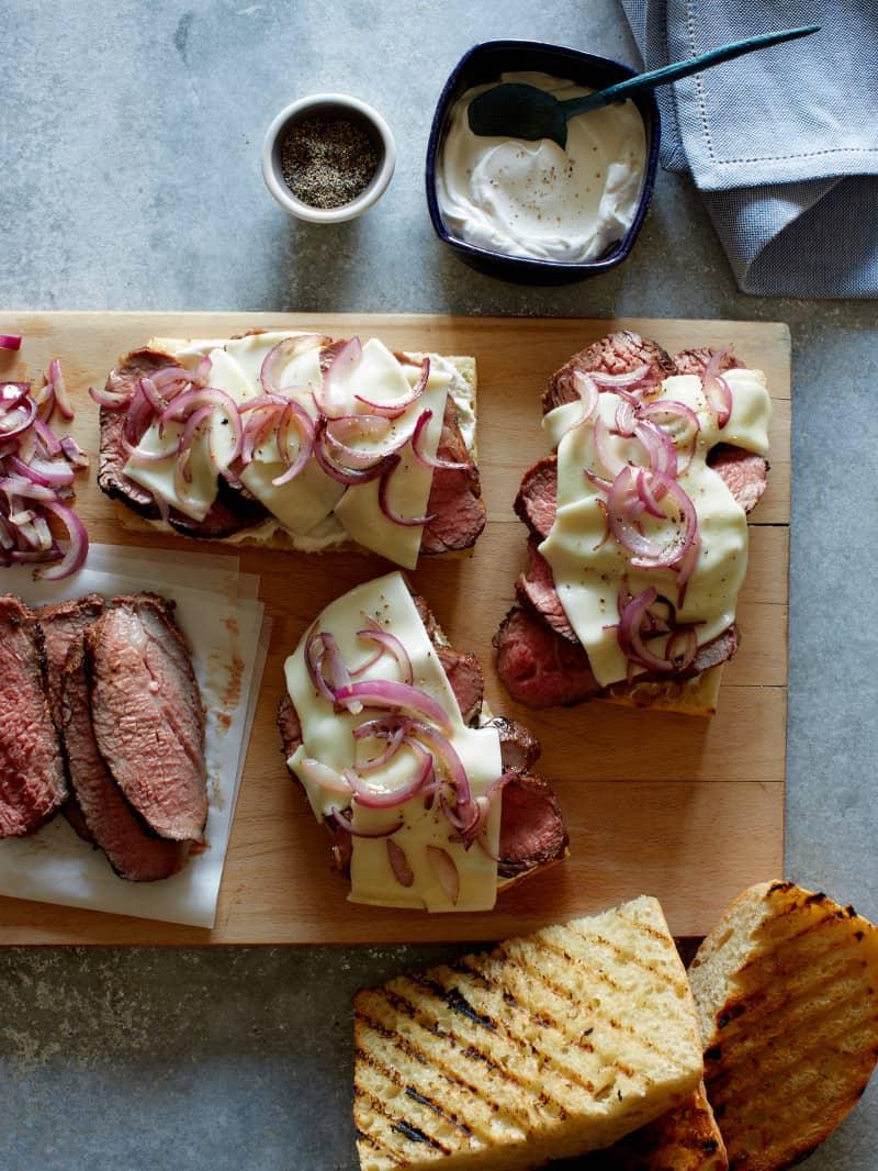 grilled_tri_tip_sandwiches