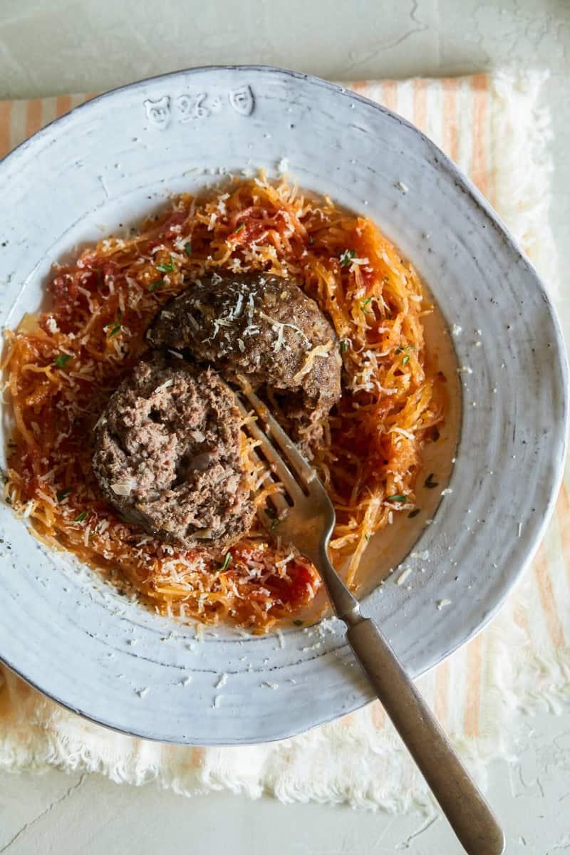 spaghetti_squash_with_meatballs