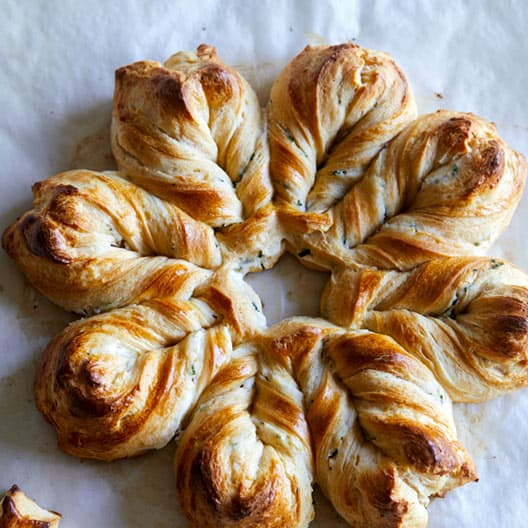 Herb_Cheese_Braided_Star_Bread_index