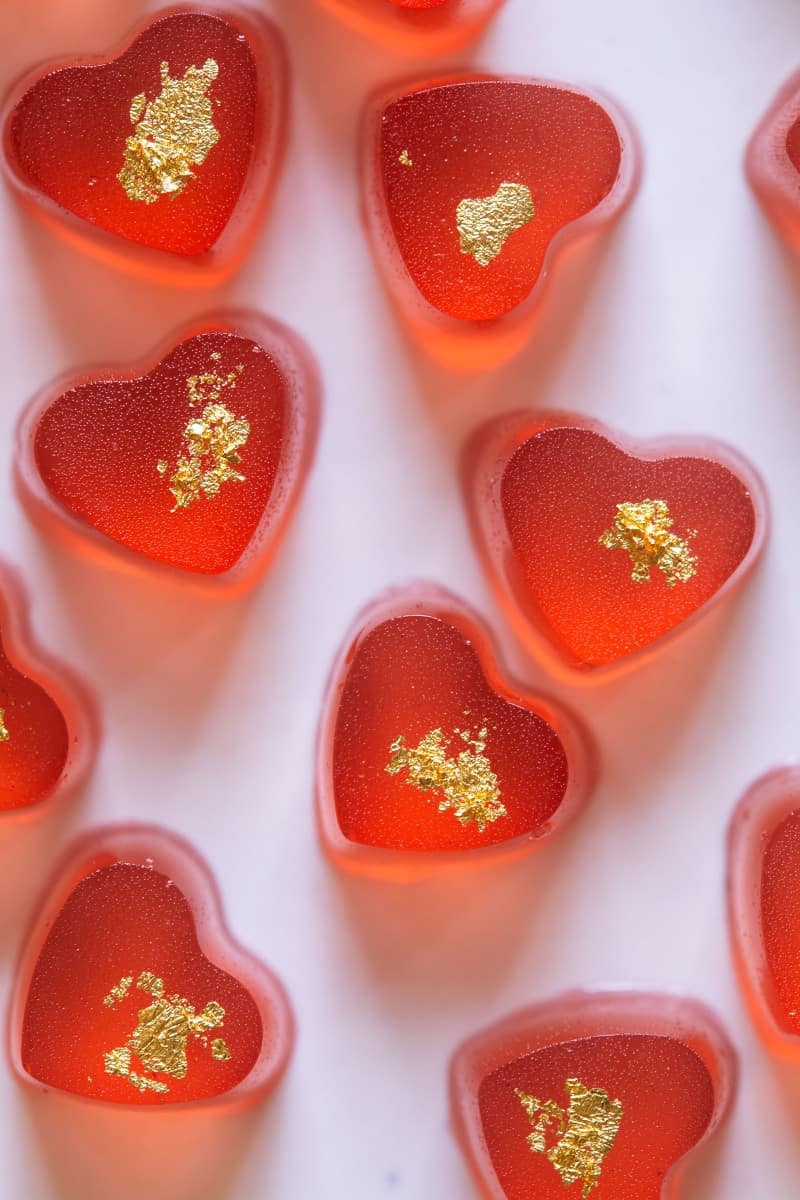 gold_strawberry_rosé_gummy_hearts