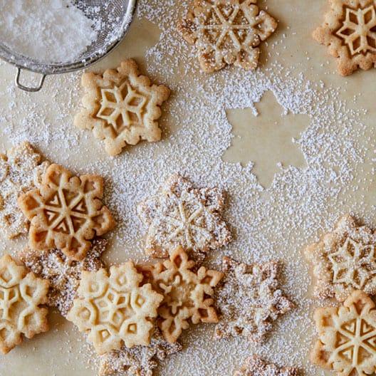 gingerbread_snowflake_cookies_index