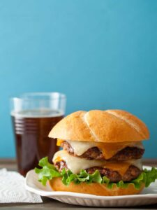 Recipe for ground beef and bacon burger