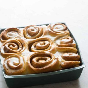 A pan of brown butter cinnamon rolls.
