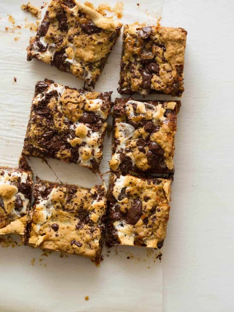 Sliced oatmeal s'mores bars.