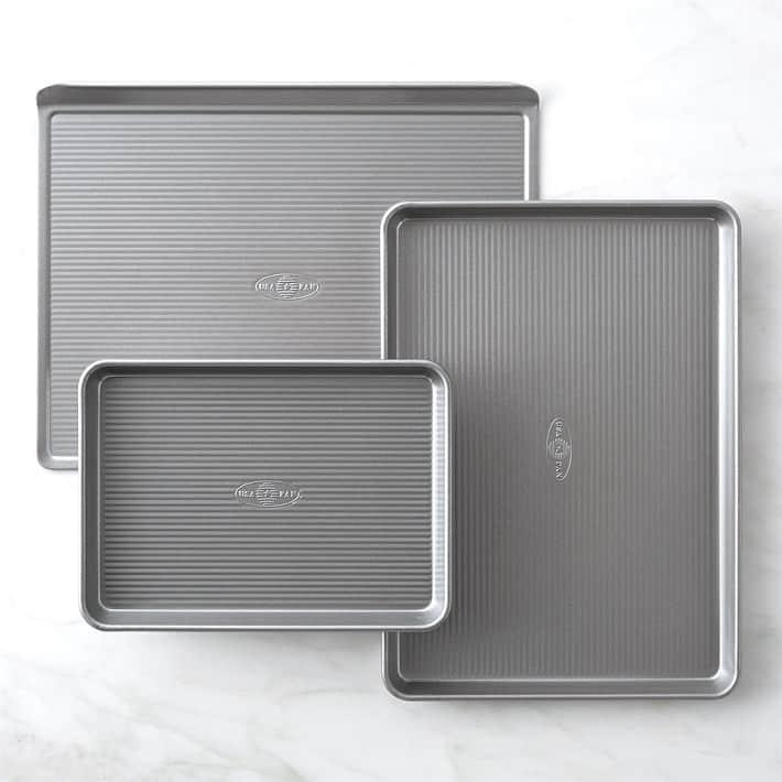 Variety of different sized baking sheets.