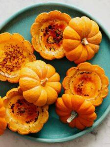 No Bake pumpkin Creme Brulee on a platter.