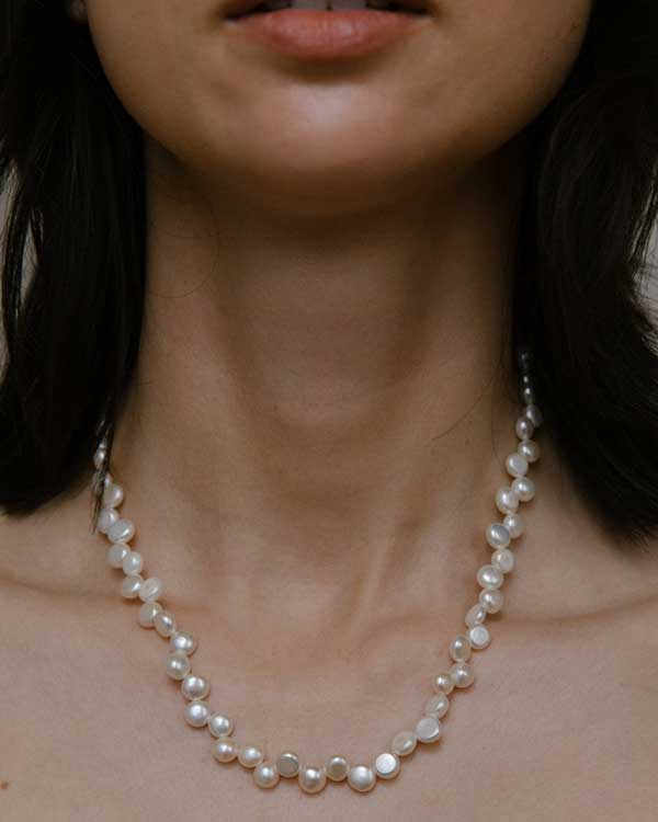 A pearl necklace for Mothers day gifts.