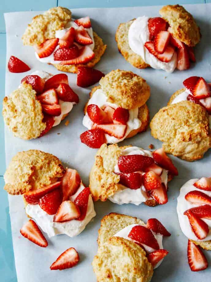 Strawberry shortcakes laid out to be served.