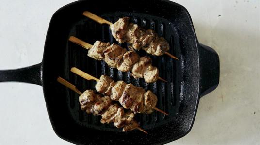 Grilling lamb kabob recipe using a grill pan.